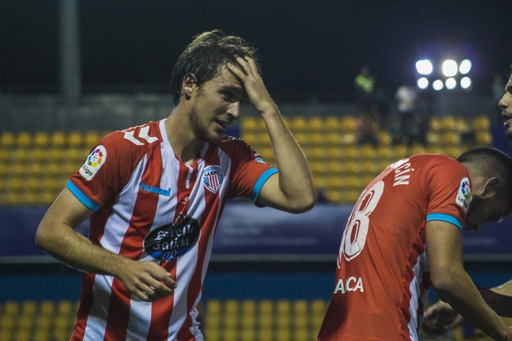 Ignasi Miquel acabó con dolor de gol el partido   Foto: Xabi Piñeiro - LGV.