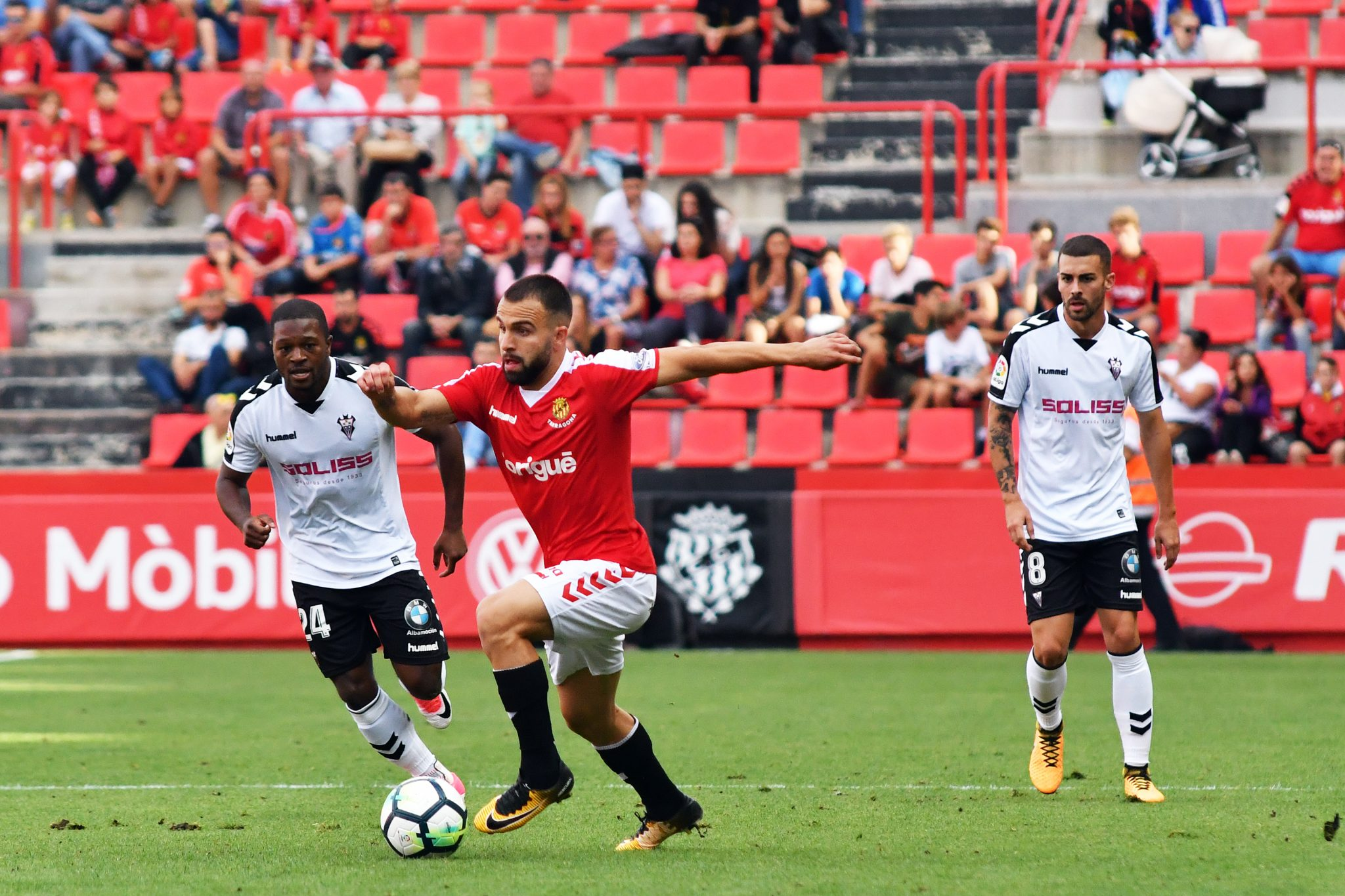 Javi Jiménez, durante el partido contra el Albacete | Foto: Laia Solanellas - Esportsdelcamp.