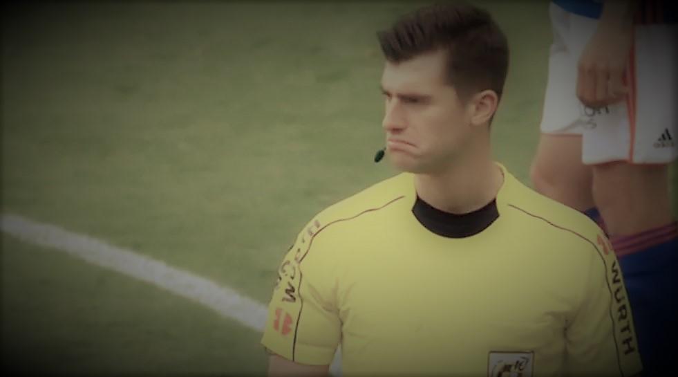 El árbitro Moreno Aragón
