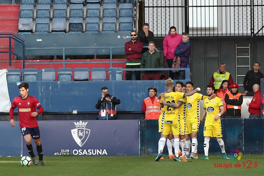 Los jugadores del CD Lugo celebran el gol del empate ante Osasuna | Foto: LaLiga.