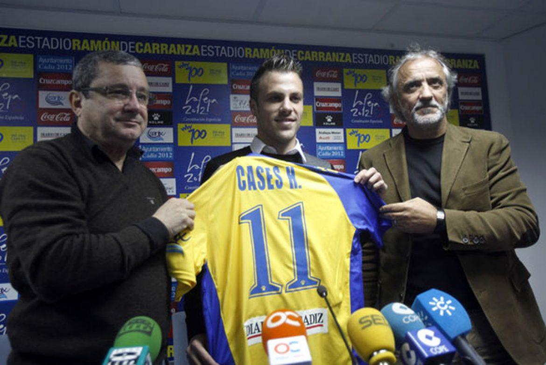 Cases, uno de los jugadores que falló un penalti en aquella 'final' de Carranza, junto a Richard Moar (izquierda).