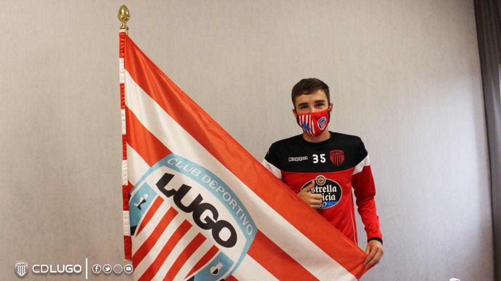 Dani Vidal, jugador del CD Lugo B / Polvorín, en su renovación.
